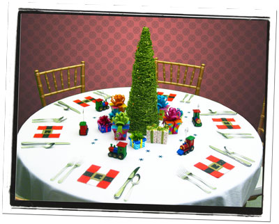 Christmas Tree & Gifts Table Centerpiece