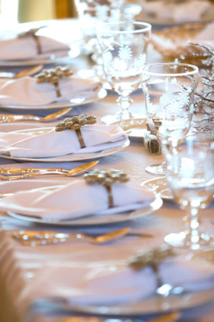 How To Host A Dinner Party Planning Guide Theme Ideas
