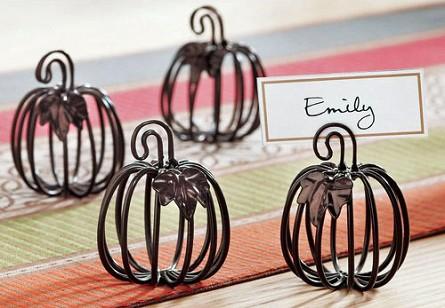 Metal pumpkin placecard holders 4 thanksgiving for Unique thanksgiving place card holders