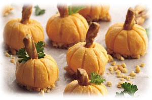 Zr H Pumpkin Cake For Fall besides Pumpkincheeseballs together with Awesome Pumpkin Centerpieces For Fall And Halloween Table furthermore Cozy And Inviting Fall Living Room Decor Ideas furthermore Table Decoration Ideas Red Flowers Poppy Flower Designs. on fall themed pumpkin decorating ideas