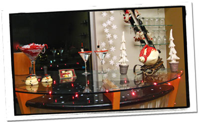 Holiday Decorating Snowman Bar