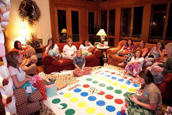http://lsloansfavoritethings.blogspot.com/2010/10/junior-high-bachelorette-slumber-party.html
