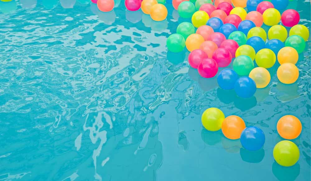 How To Throw A Pool Party Adult Pool Party Ideas