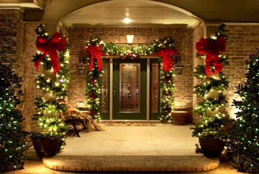 Traditional Christmas Front Entrance